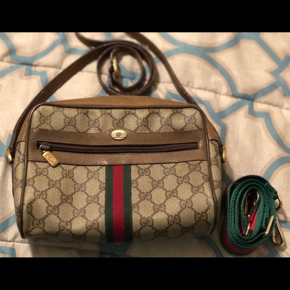 10c2290b3100 Gucci Bags | Authentic Crossbody Vintage Beauty | Poshmark